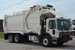 Front Load Garbage Truck